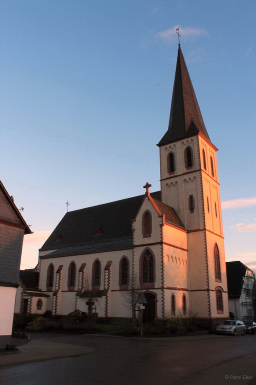 Pfarrkirche, Dezember 2014